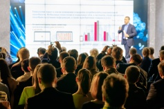 Bradley Day, Business Speaking Skills